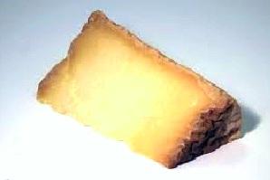 Risotto al Castelmagno DOP e granella di nocciole tostate