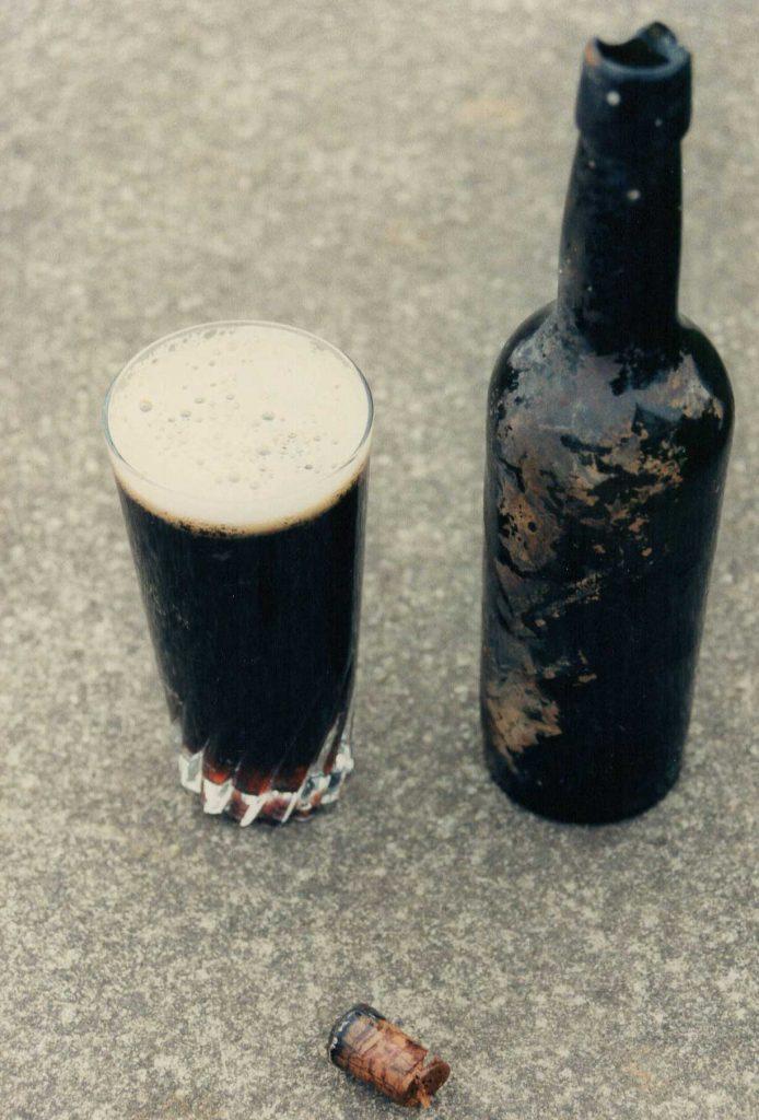 Birre in fondo al mare dall'Ottocento: migliaia di bottiglie sui fondali al largo della Scozia